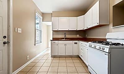 Kitchen, 507 Thropp St, 2