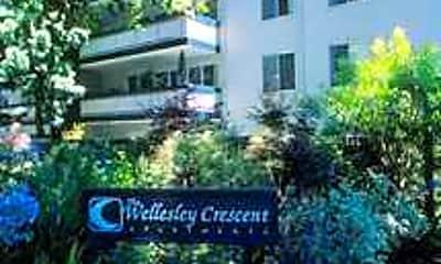 Wellesley Crescent, 2