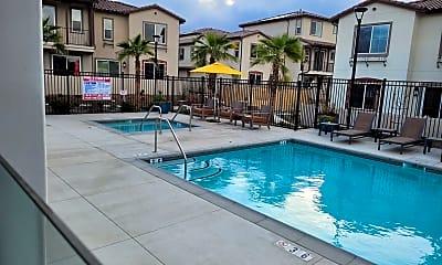 Pool, 31221 Via Nubes, 1