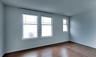 Living Room, 1159 Union St, 1