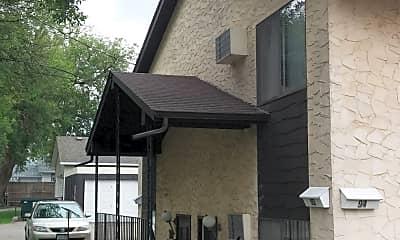 Building, 96 Arlington Ave W, 1