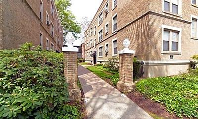 Building, Clemens Place Apartments, 2