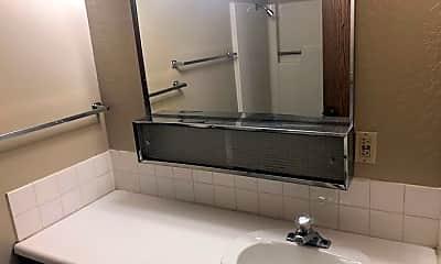 Bathroom, 1421 N Virginia St, 2