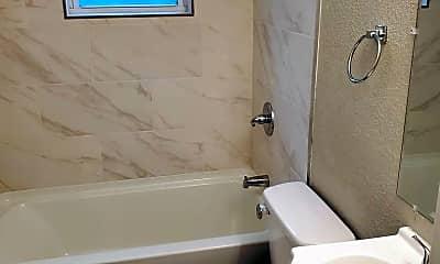 Bathroom, 227 E 35th St, 1