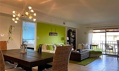 Dining Room, 8255 Abbott Ave, 2