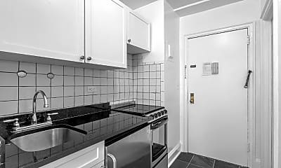 Bedroom, 300 E 44th St, 1