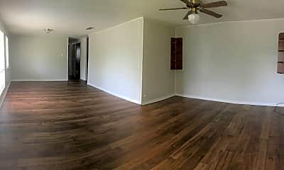Living Room, 120 E Ruby Rd, 2
