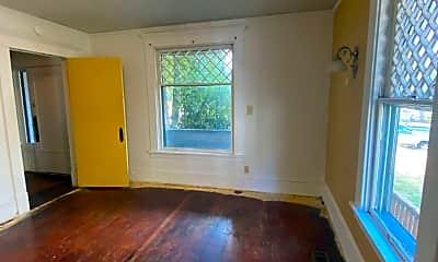 Living Room, 1134 Ellis St, 1