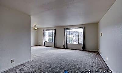 Living Room, 232 Broad St, Upper, 1