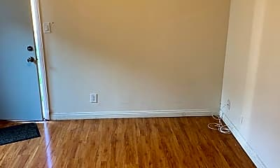 Bedroom, 435 N Wilson Ave, 1