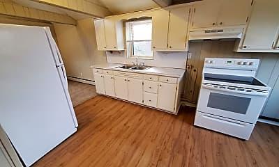 Kitchen, 216 Ellwood Rd, 1