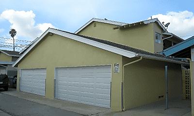 Building, 3694 Redondo Beach Blvd, 2