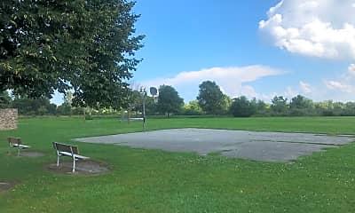 Foxborough Commons, 2