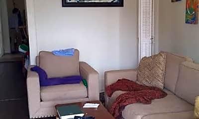 Living Room, 4731 Coliseum St, 1
