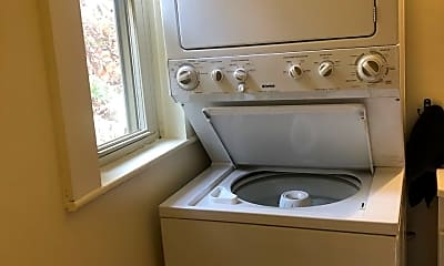 Bathroom, 1094 New Hampshire Rte 103, 2