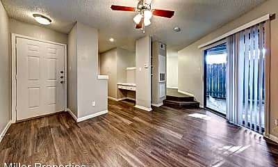 Living Room, 2406 Bluebonnet Ln, 0