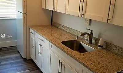 Kitchen, 1521 SE 2nd Ct 6, 0