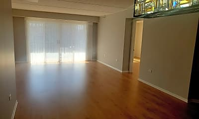 Living Room, 390 Western Ave 301, 1
