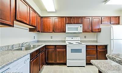 Kitchen, 4381 Alexis Dr 332, 0