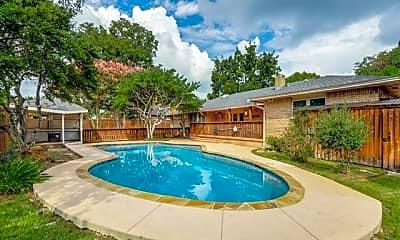 Pool, 7130 Mimosa Ln, 1
