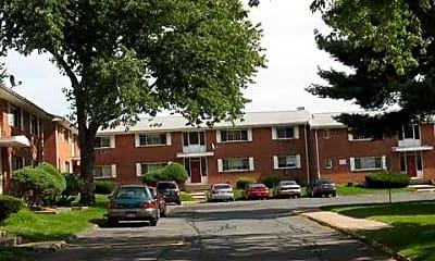 Building, Wickham Gardens Condominiums, 1