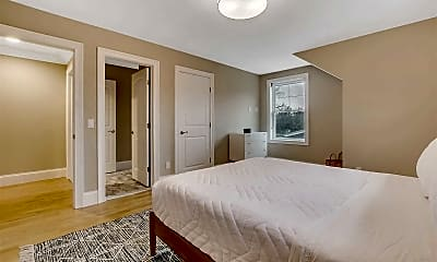 Bedroom, 700 Gin Ln, 2
