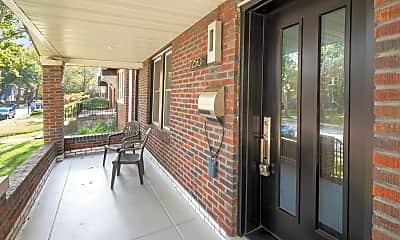Patio / Deck, 7250 Lindell Blvd, 1