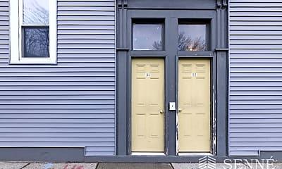 Building, 195 Hampshire St, 2