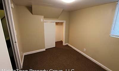 Bedroom, 608 N Alameda Ave, 2
