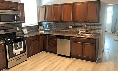 Kitchen, 511 Beaumont Ave, 1