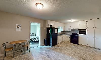 Living Room, Room for Rent - Riverdale Home, 1