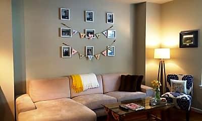 Living Room, 1021 N Garfield St 104, 1