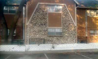 Arlington Apartments, 1