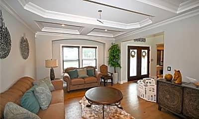 Living Room, 2 Wedgewood Ln, 1