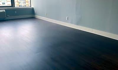 Living Room, 7916 River Rd, 0