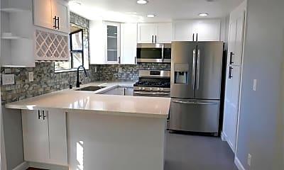 Kitchen, 4310 W 182nd St, 1