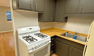 Kitchen, 165 Midway Dr, 0