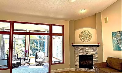 Living Room, 9100 Meadow Pl, 0