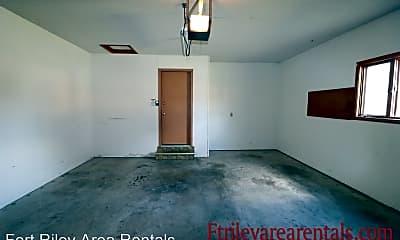 Bathroom, 328 S Kiowa Ct, 2