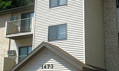Riverside Apartments, 0