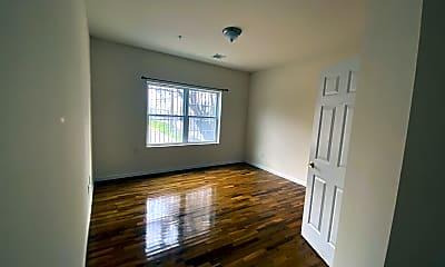 Living Room, 84-86 Astor St, 0