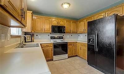 Kitchen, 520 Allen Ct, 1