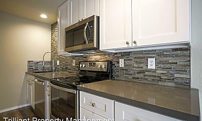 Kitchen, 2180 Maplewood Dr S, 0