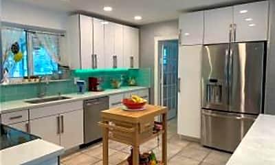 Kitchen, 1125 N 13th Ct, 0