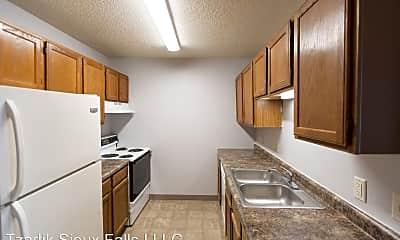 Kitchen, 901 N Cleveland Ave, 2