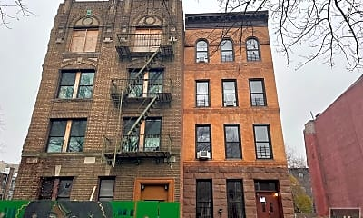 Building, 458 Halsey St 1R, 2