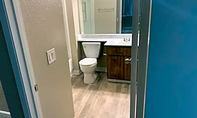 Bathroom, 5413 Marconi Ave, 2