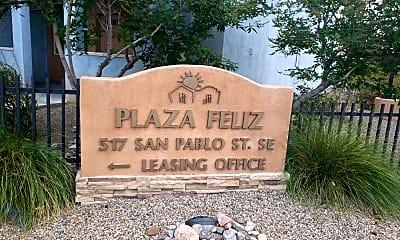 Plaza Feliz, 1