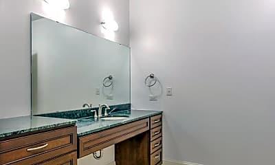Bathroom, 1511 Locust St, 2