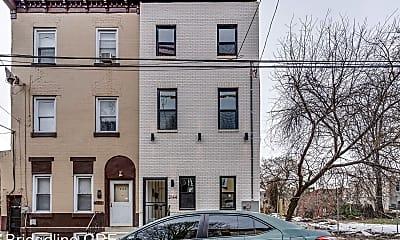 Building, 2144 N 8th St, 2